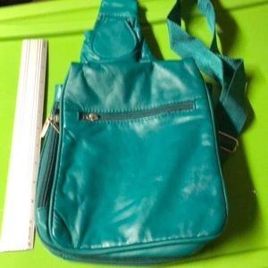 TRAVELON TEAL GENUINE LEATHER CROSSBODY BAG